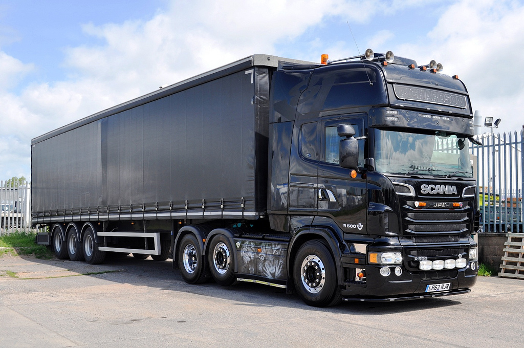 Richardson Transport's black Tiger Scania, LR62 RJR.
